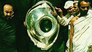 بريطانيا ترسل جاسوسا ليسرق قطعة من الحجر الاسود فحدثت المفاجأة المذهلة